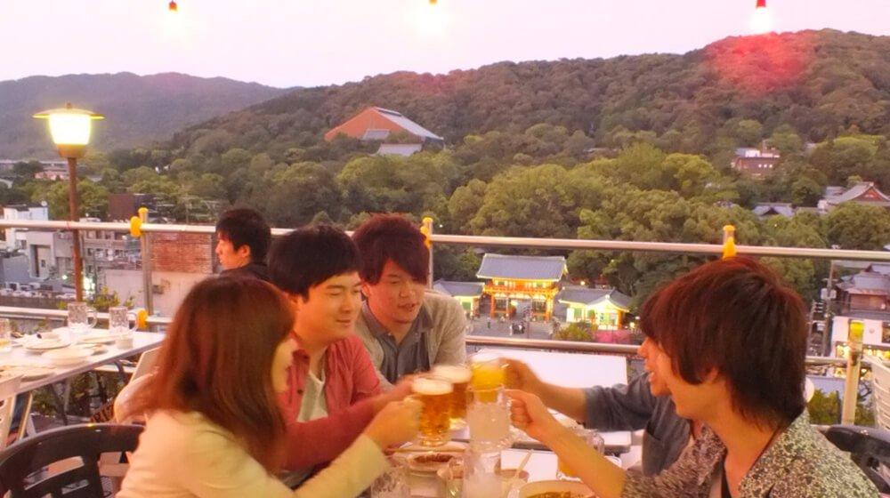 アパホテル 京都祇園 EXCELLENT 屋上ビアガーデン | ヒトサラ